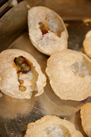 Weblog-Food-Uploaded-Images-Puri-Shells-786927-1